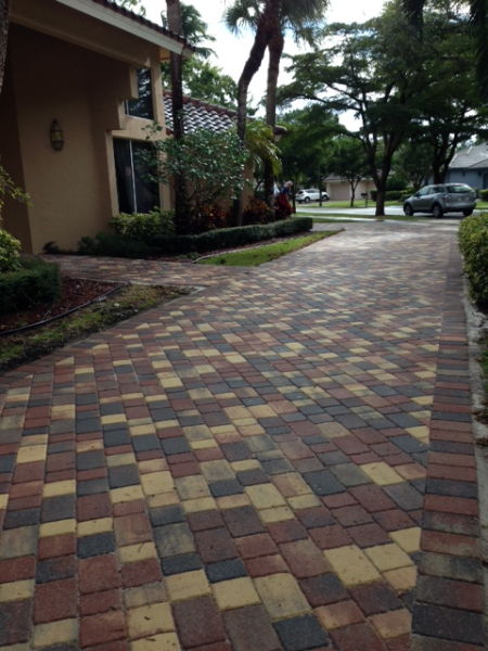 Interlocking Brick Pavers Driveways Patios Swimming